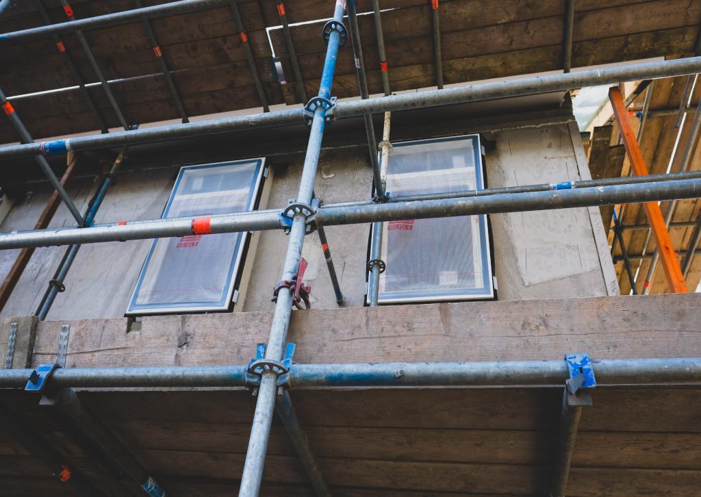 Lift Equipment Roundup: JLG Telehandler Places Loads Up to Eight Stories High